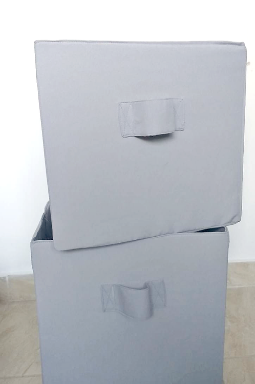Caja de almacenaje gris