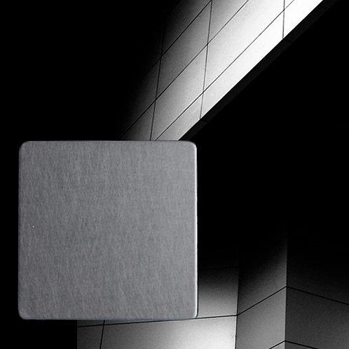 Fills Titanium black matte Color