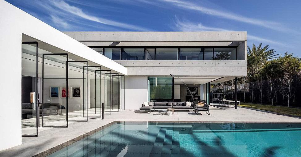 Modern-House-Design-Pitsou-Kedem-Archite