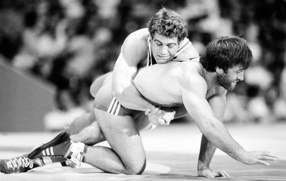 xxx-ortelli-schultz-wrestling-dec-49.jpg