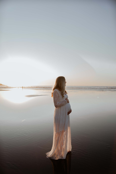 DANNIE LIVING maternity session