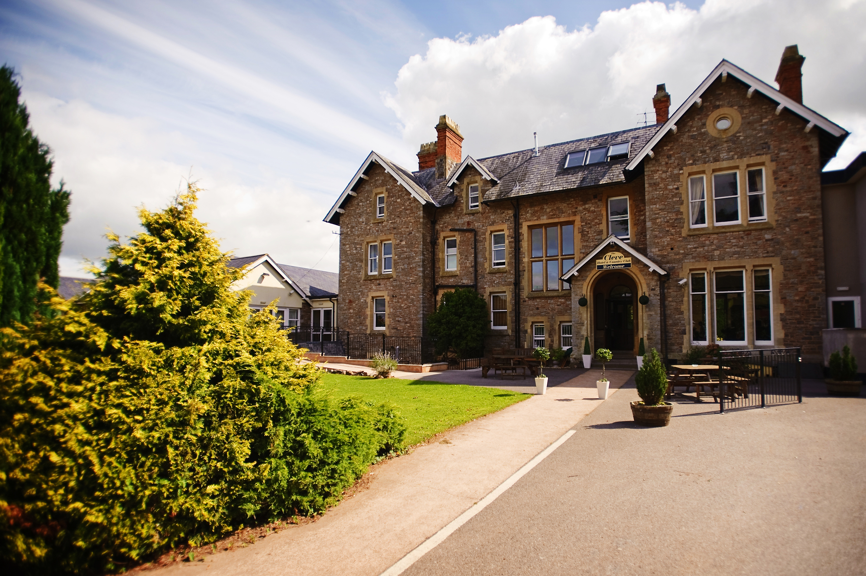 The Cleve Country House Hotel