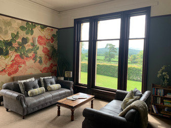 The Manor House - Lounge
