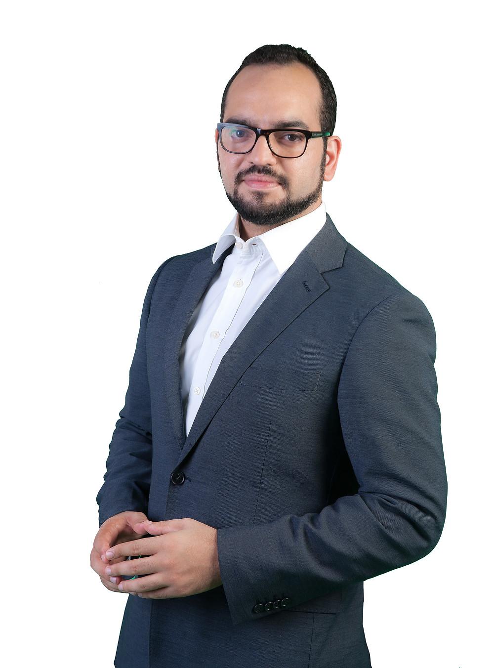 Lic. Gilberto Objio Subero, abogado experto en derecho medico