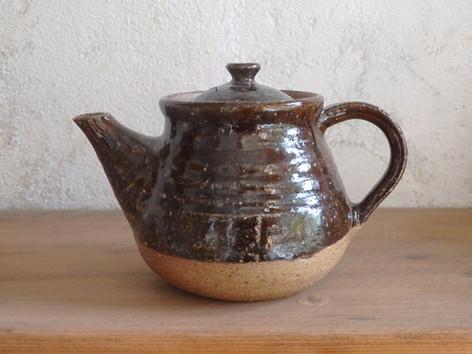 ポット S・茶