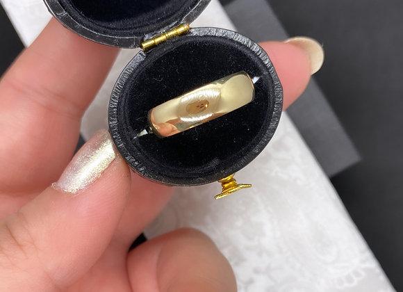 GOLD Soft Curve Band (5.5 mm x 1.5 mm)