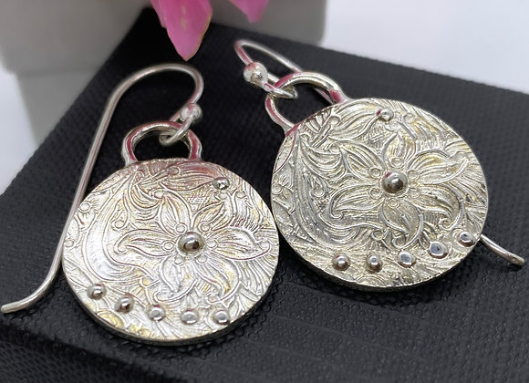 """Small """"Etched flower"""" earrings (MADE TO ORDER)"""