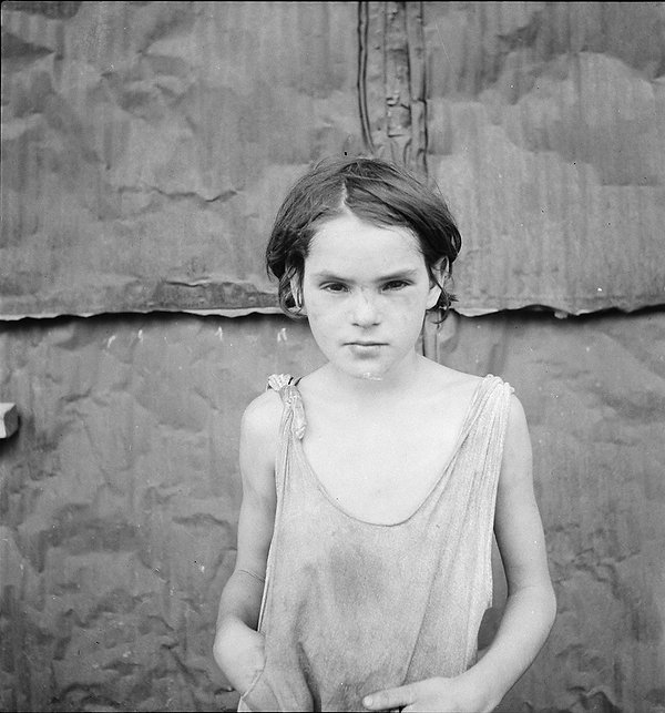 DorotheaLange_Damaged-Child.jpg