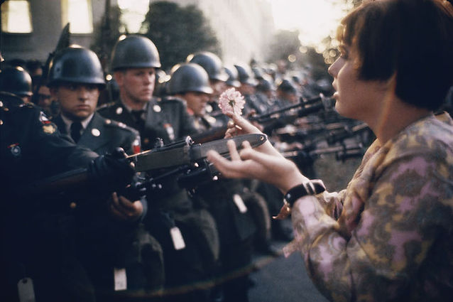 marc-riboud-washington-1967-courtesy-pol