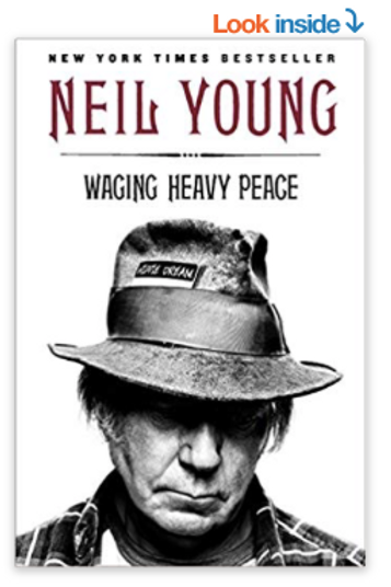 Waging Heavy Peace: A Hippie Dream Paperback