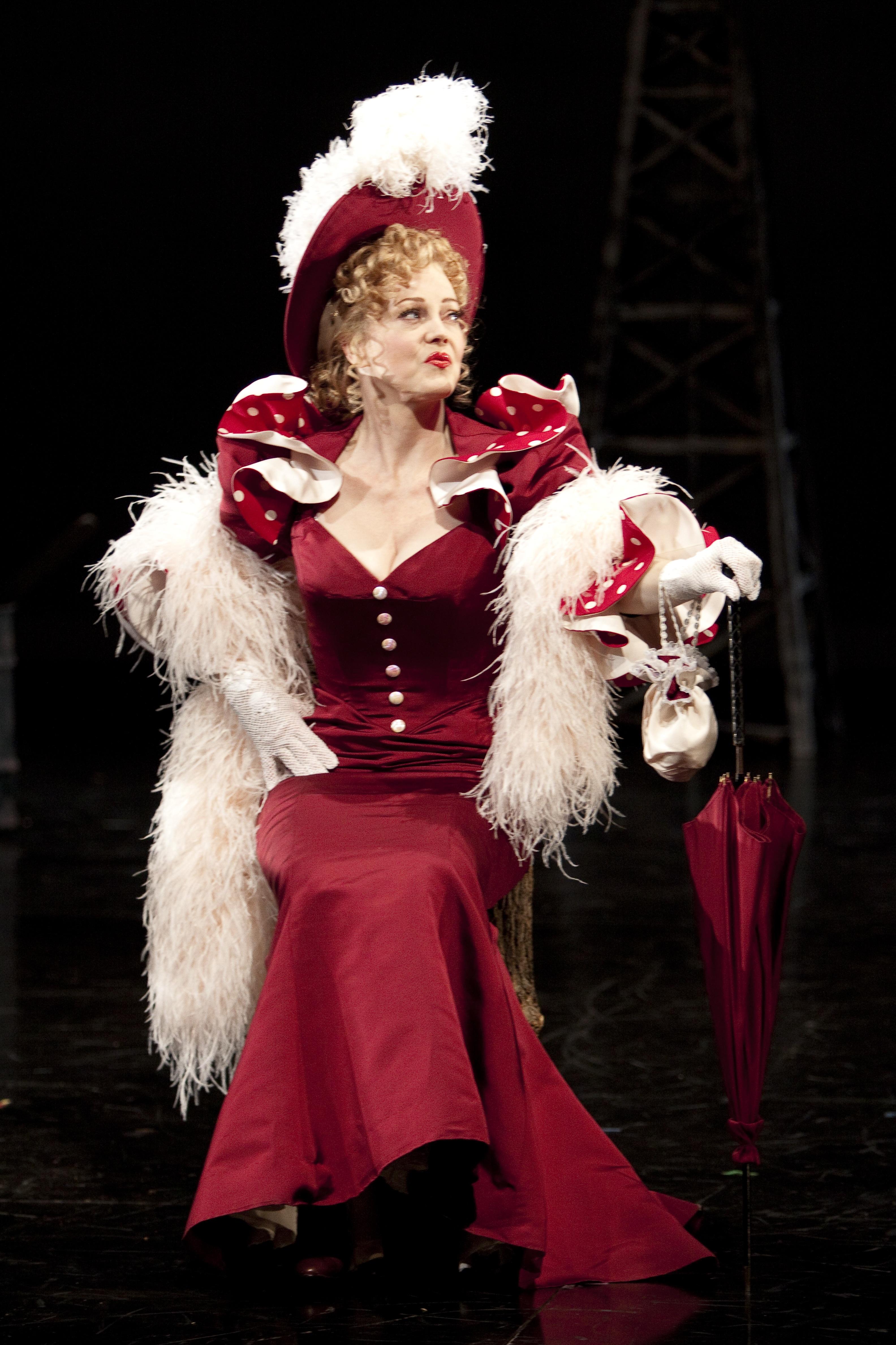 Audrey as Mae