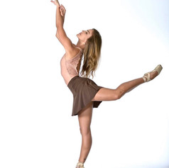 Kamila Abreu - Instructor