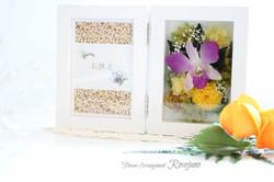 御供え用フォトフレーム・写真たて/デンファレと菊のプリザーブドフラワー