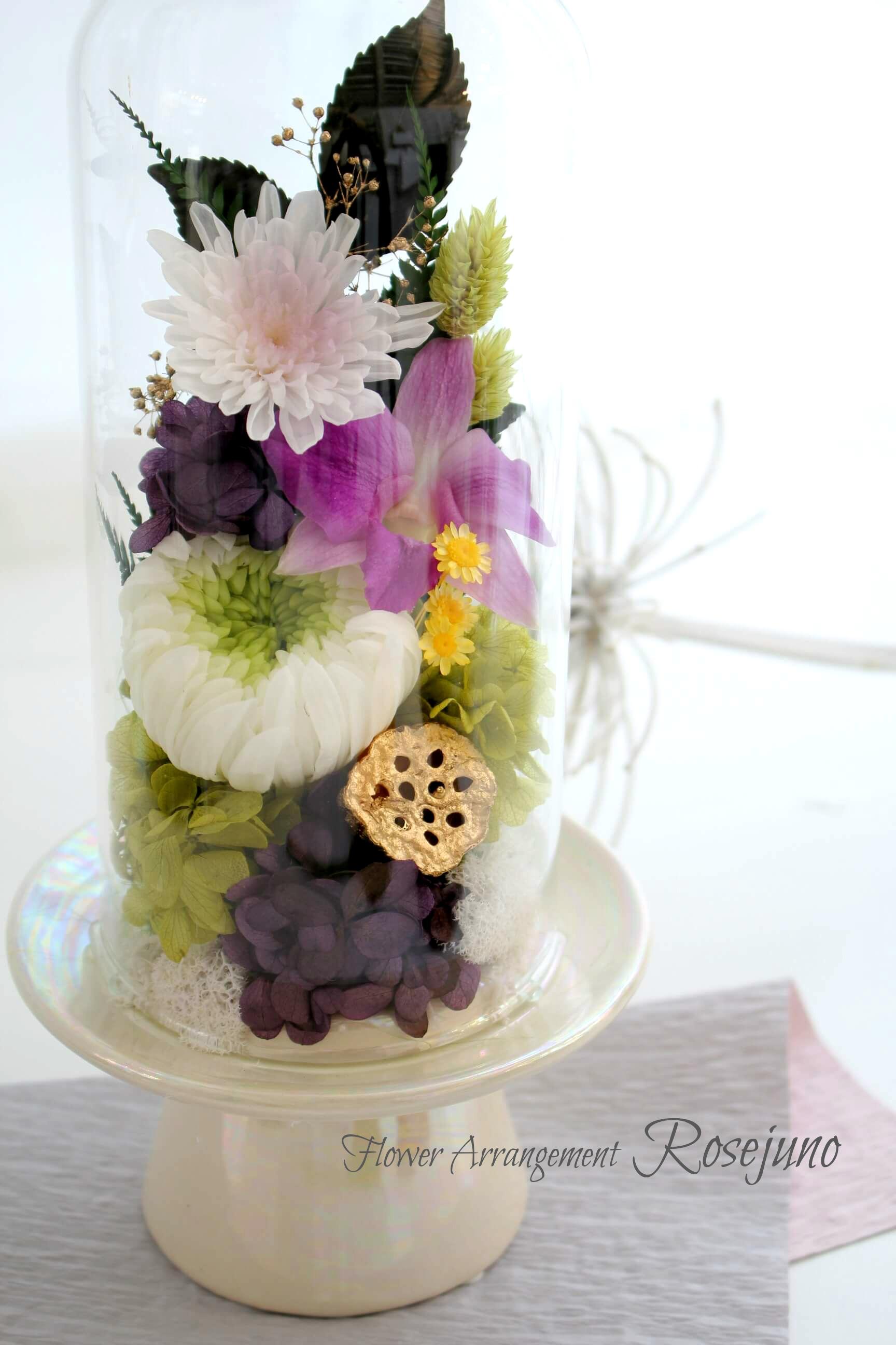 お供えのお花も明るくおしゃれに
