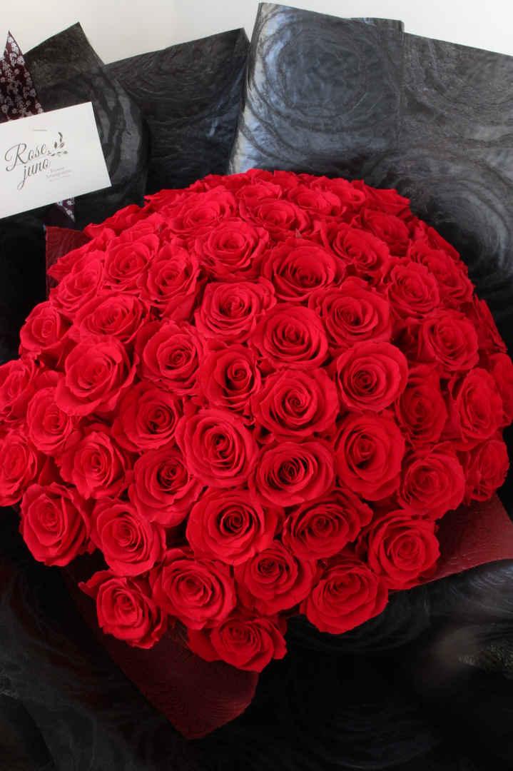60本の薔薇のブーケ