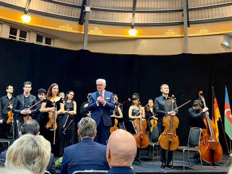 Die musikalische Brücke zwischen Deutschland und Aserbaidschan