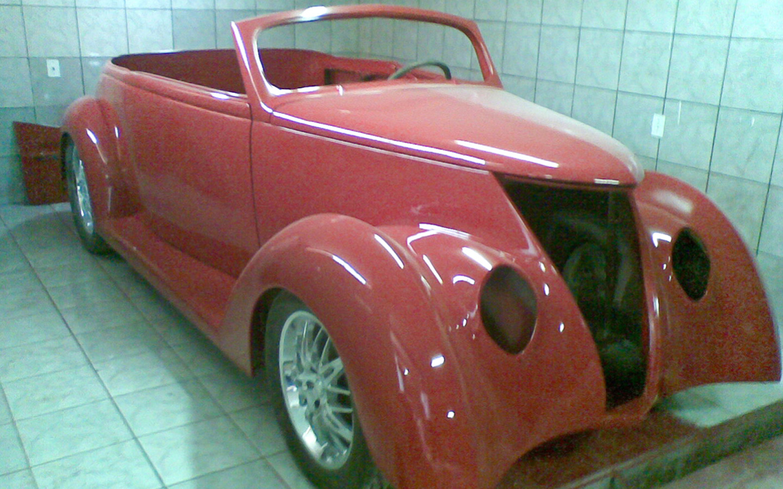Ford 1937_004.jpg