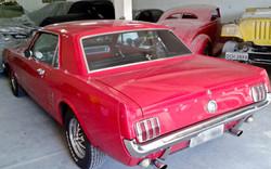 Ford Mustang_007.jpg