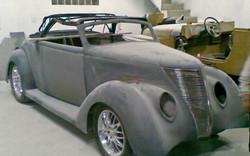 Ford 1937_001.jpg