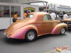 Willys 1941 roxo (1).jpg