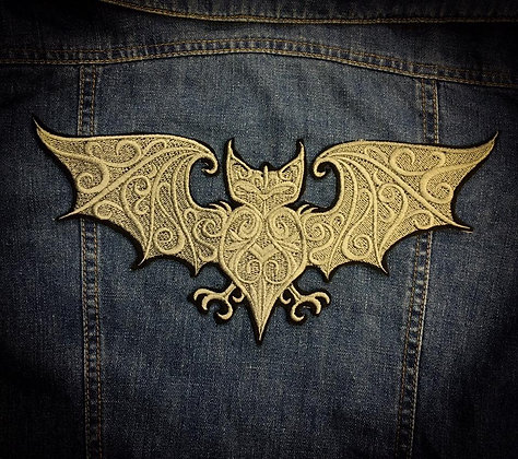 Lace Bat Back Patch in Pewter