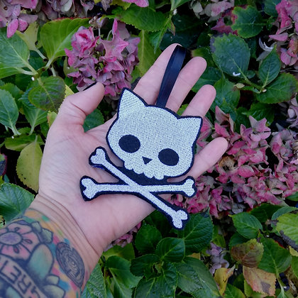 Kitty Skull and x Bones Hanging Decoration