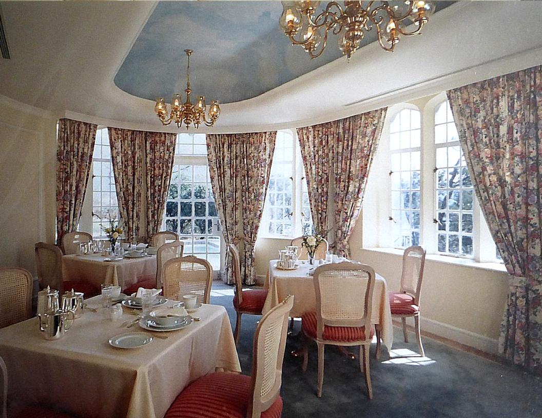 Ritz Carlton HK 5 - Beatrice Hsu.png