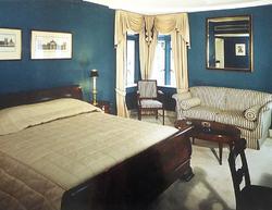 Ritz Carlton HK 8 - Beatrice Hsu.png