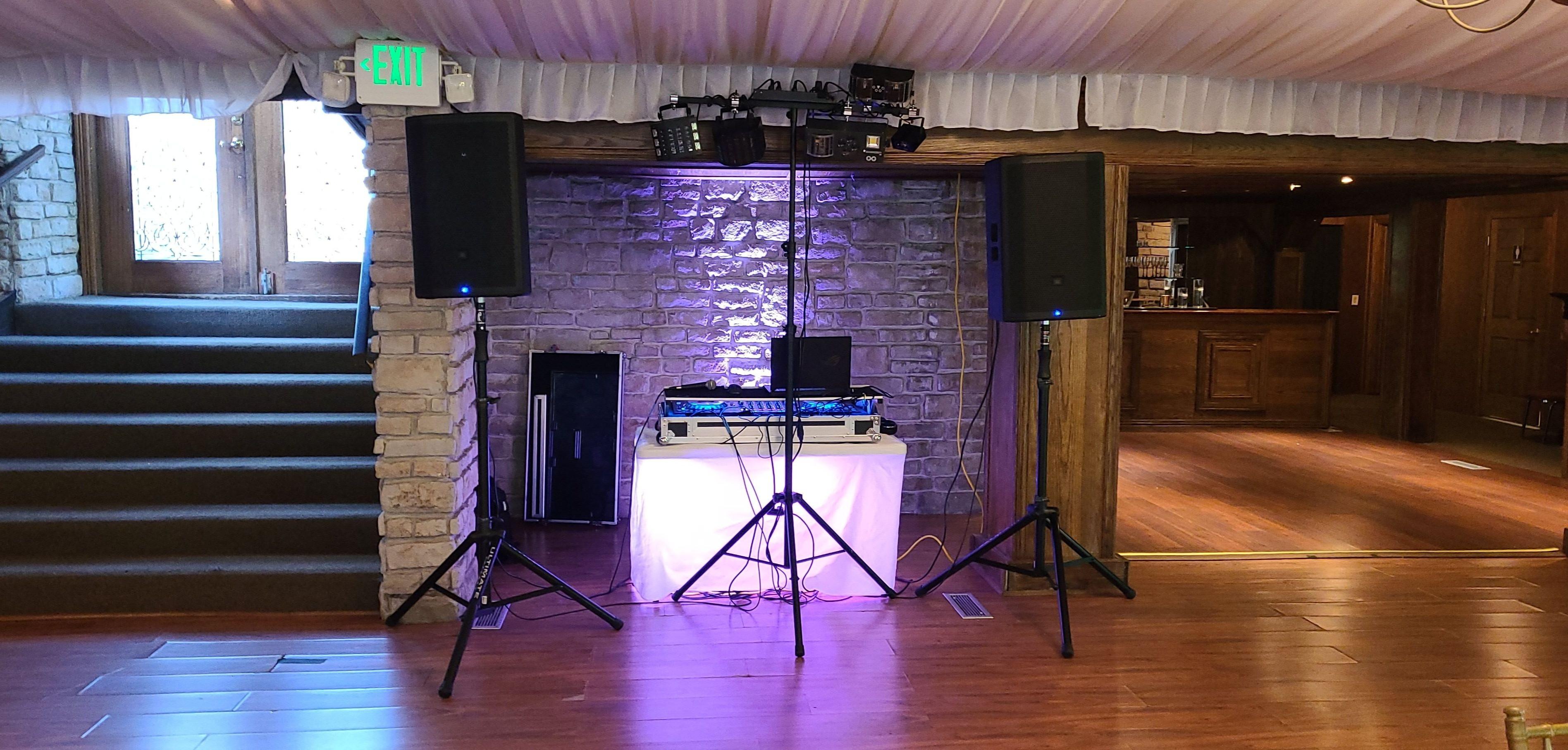 Basic Sound/Microphone/light system