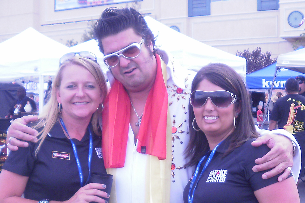 Fat Elvis and Girls
