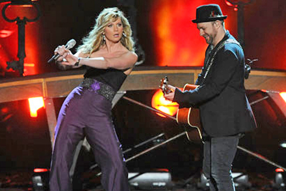 Sugarland at ACM festival
