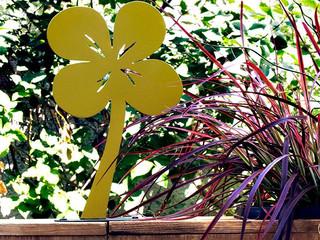 Décoration du jardin en métal, la flore TRÈFLE ANIS