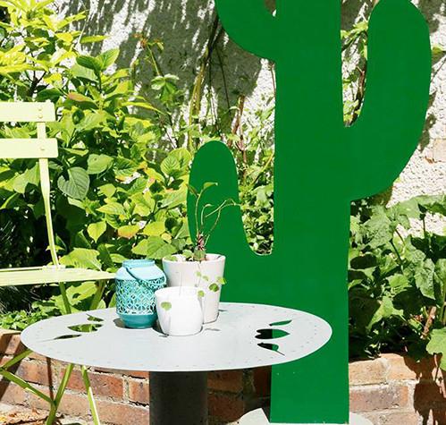 Déco habillage de jardin en métal TABLE CACTUS