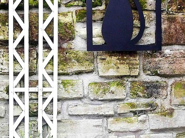 Déco métal murale façade maison CHAT CADRE