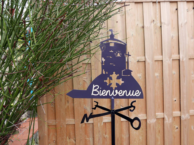 Déco habillage de jardin en métal GIROUETTE BIENVENUE