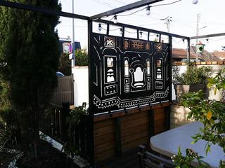 Déco métal murale façade maison CLAUSTRA
