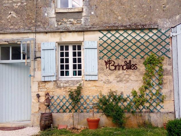 Enseigne à l'ancienne en métal  CHAMBRES D'HÔTES BRINDILLES