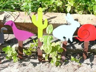 Déco en métal, les oiseaux au jardin PIQUE PLANTES BAS