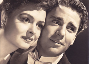 """Donna Reed and a future """"Rat Pack"""" member"""