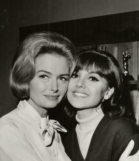 Donna Reed and Marlo Thomas