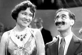 """""""Fifth Marx brother"""" appears with Donna"""