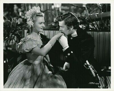 Donna Reed and Richard Hart in Green Dolphin Street