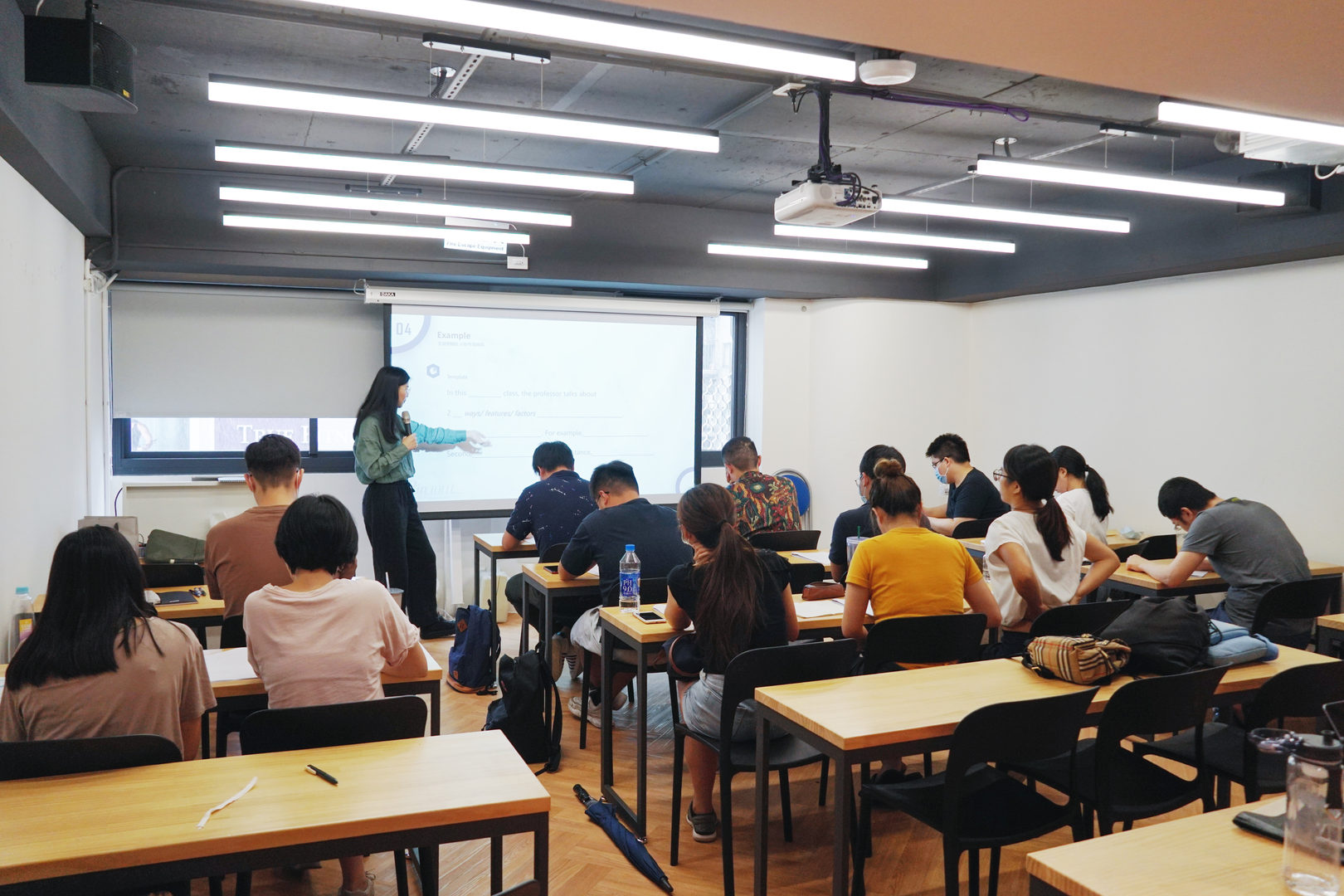 Pin TOEFL 精緻家教班.jpg