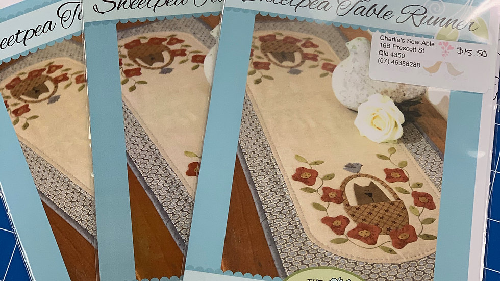 'Sweetpea Table Runner' Pattern - The Birdhouse