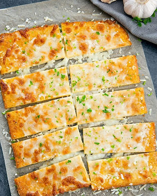low-carb-cheese-crust-breadsticks-6c-700