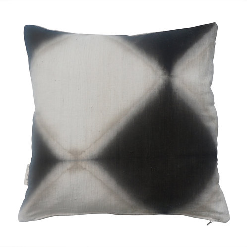 Cushion 'Tie Dyed Diamond' Black