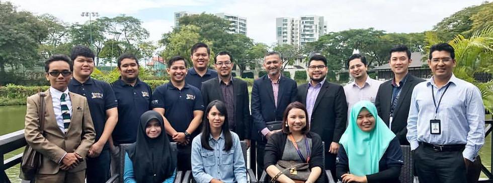 Luncheon with Peneraju Professional Jurutera Lokomotif graduates, and  Yayasan Peneraju (12 Oct 2016)