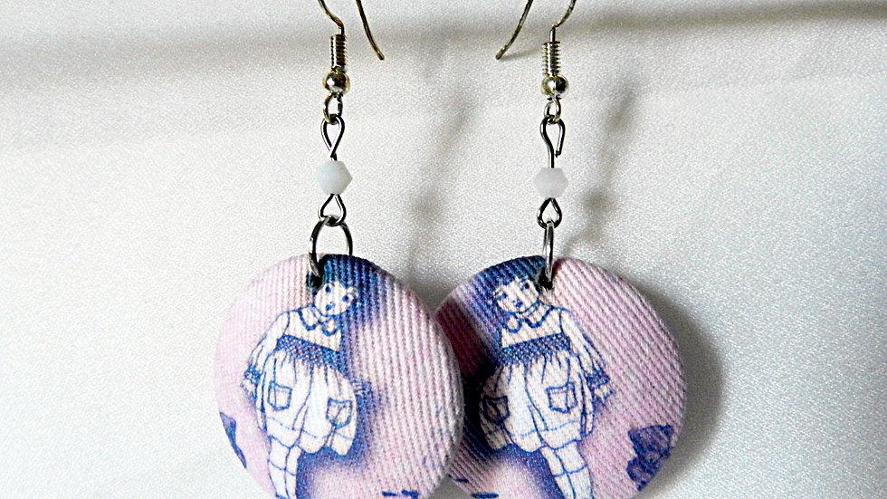 Boucles d'oreilles en tissu rose, avec poupée vintage