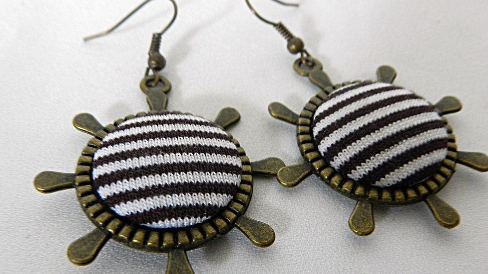 Boucles d'oreilles en tissu noir et blanc, esprit marin