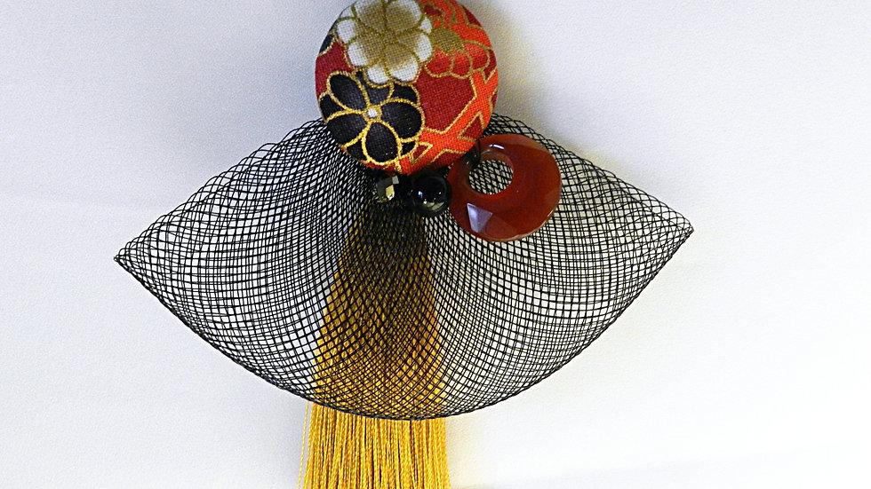 Sautoir en tissu japonais orange fleuri, avec pompon